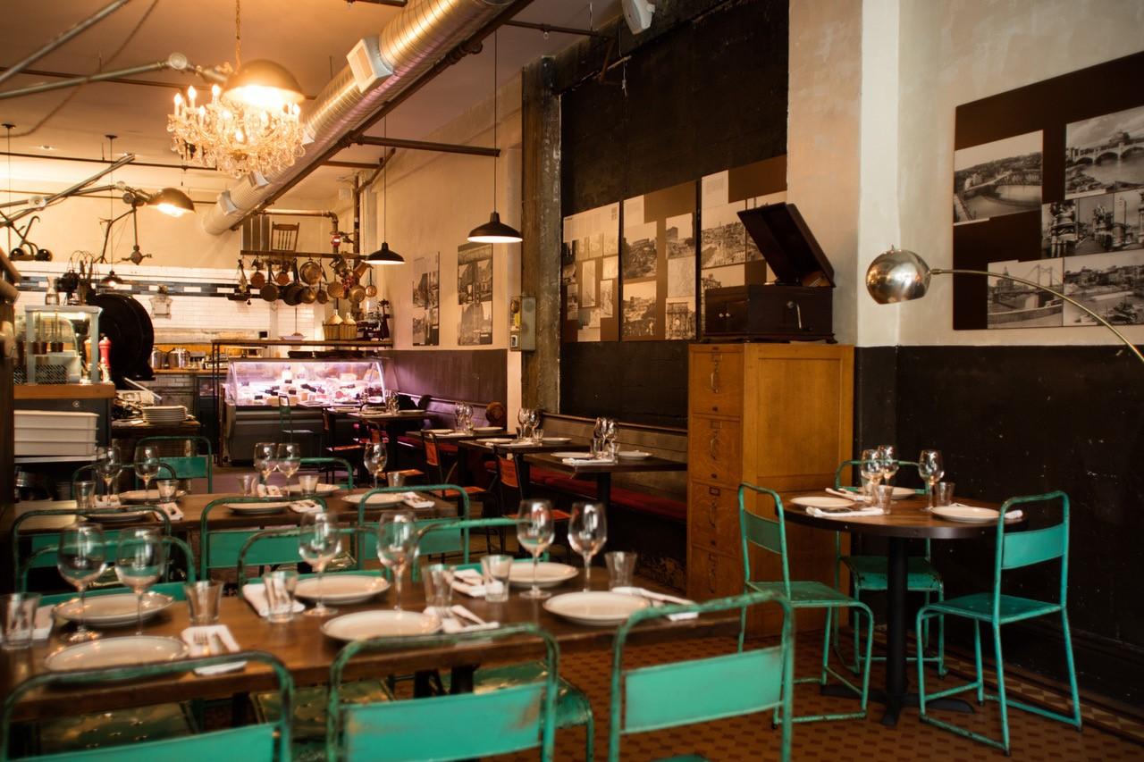 Interno del ristorante Montesacro di San Francisco